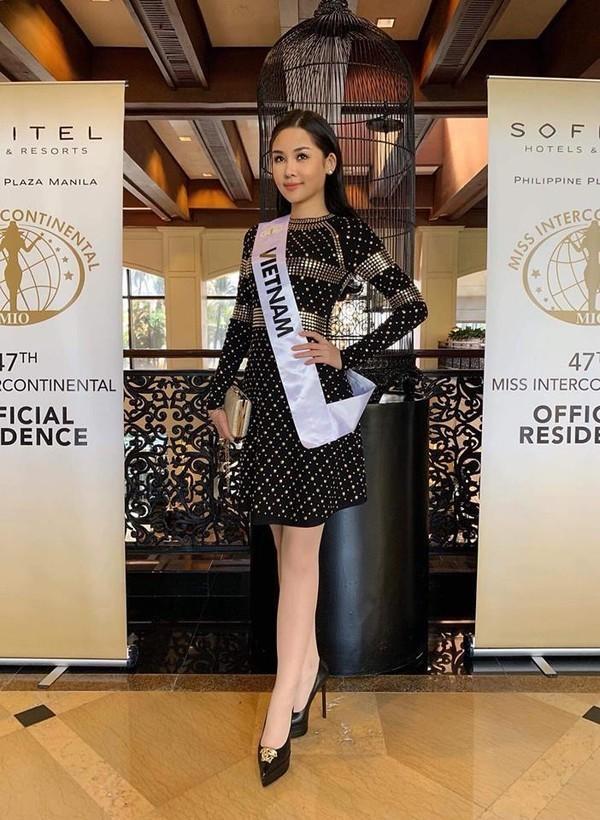 Sau nhiều ngày kém xinh, cuối cùng Lê Âu Ngân Anh cũng đã có một bức hình khá khẩm tại Miss Intercontinental 2018-10