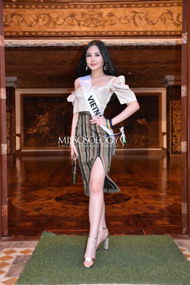 Sau nhiều ngày kém xinh, cuối cùng Lê Âu Ngân Anh cũng đã có một bức hình khá khẩm tại Miss Intercontinental 2018-12