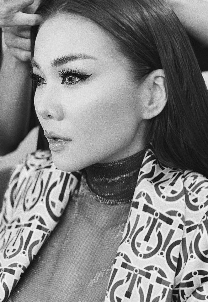 Hồ Ngọc Hà khoe chạy show xuyên Việt tất bật ngày cuối năm-9