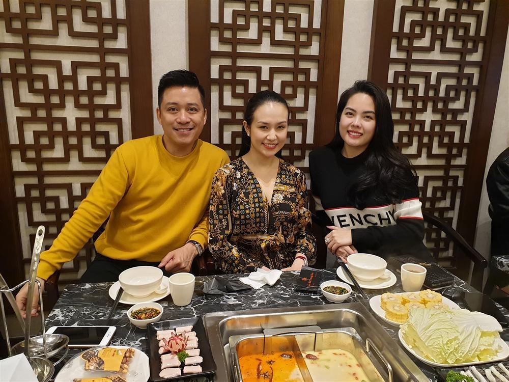 Hồ Ngọc Hà khoe chạy show xuyên Việt tất bật ngày cuối năm-11