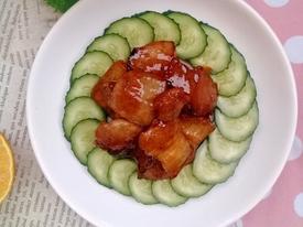 Lạ miệng món thịt rang cháy cạnh rim nước cam đưa cơm ngày lạnh