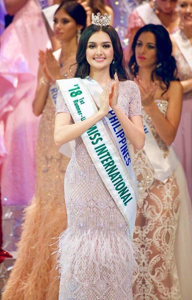 Quá xuất sắc, HHen Niê đứng đầu top 10 Hoa hậu đẹp nhất thế giới 2018-5
