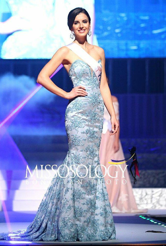 Quá xuất sắc, HHen Niê đứng đầu top 10 Hoa hậu đẹp nhất thế giới 2018-10