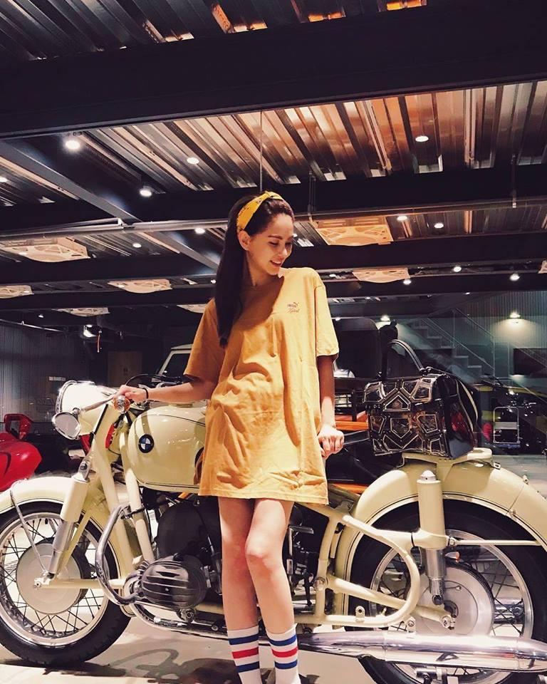 Cuộc sống như mơ của bà xã Châu Kiệt Luân: 1 tháng du lịch 2 lần, mua quà tặng chồng toàn tiền tỷ-18