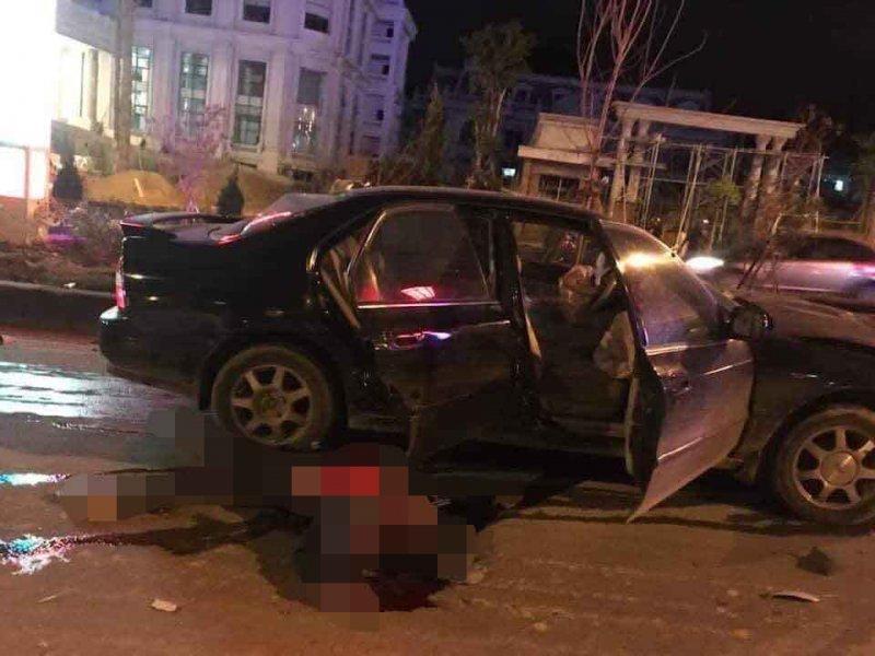 Lai Châu: Ô tô đâm xe máy, kéo lê người đàn ông trong đêm-2