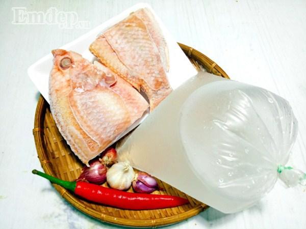 Cá kho nước dừa, vừa thơm ngọt lại không bị tanh-1