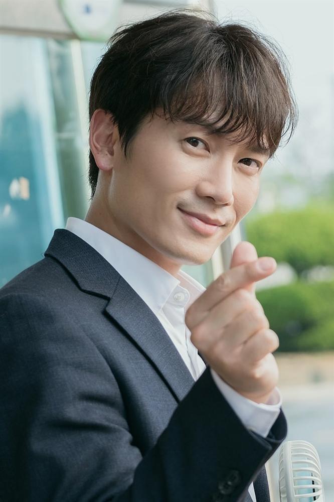 Bạn diễn trầm trồ trước Song Hye Kyo: Nhan sắc của cô ấy ở một đẳng cấp khác-6