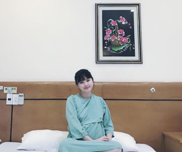 Sau 2 ngày vật vã chuyển dạ, mẹ nuôi bé gái suy dinh dưỡng ở Lào Cai đã sinh bé trai cực đáng yêu-3