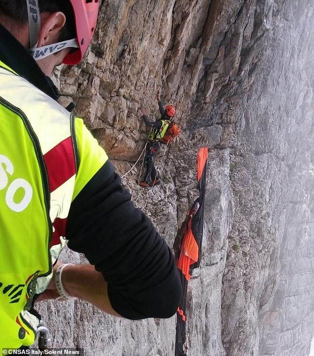 Nhảy từ vách đá cao 2000m để mừng sinh nhật bạn, người đàn ông chết thảm-3