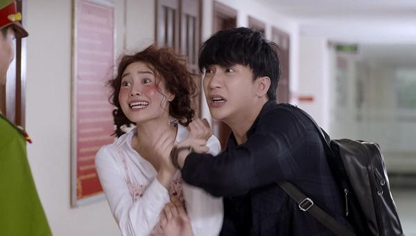 Chi Pu bị Ninh Dương Lan Ngọc mắng té tát vì hôn trai lạ ngoài đường trong tập 2 Mối tình đầu của tôi-1