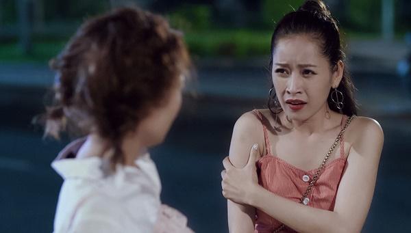 Chi Pu bị Ninh Dương Lan Ngọc mắng té tát vì hôn trai lạ ngoài đường trong tập 2 Mối tình đầu của tôi-6