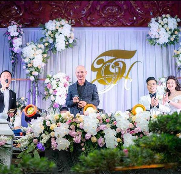 Lộ diện sao Việt duy nhất được mời hát đám cưới khủng trong lâu đài ở Nam Định-1