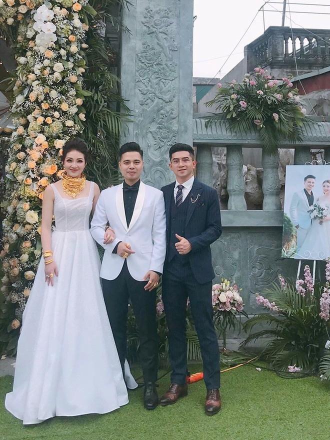 Lộ diện sao Việt duy nhất được mời hát đám cưới khủng trong lâu đài ở Nam Định-3