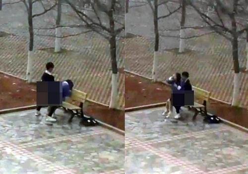 Cặp sinh viên diễn cảnh nóng ngay trong khuôn viên trường học gây phẫn nộ-1