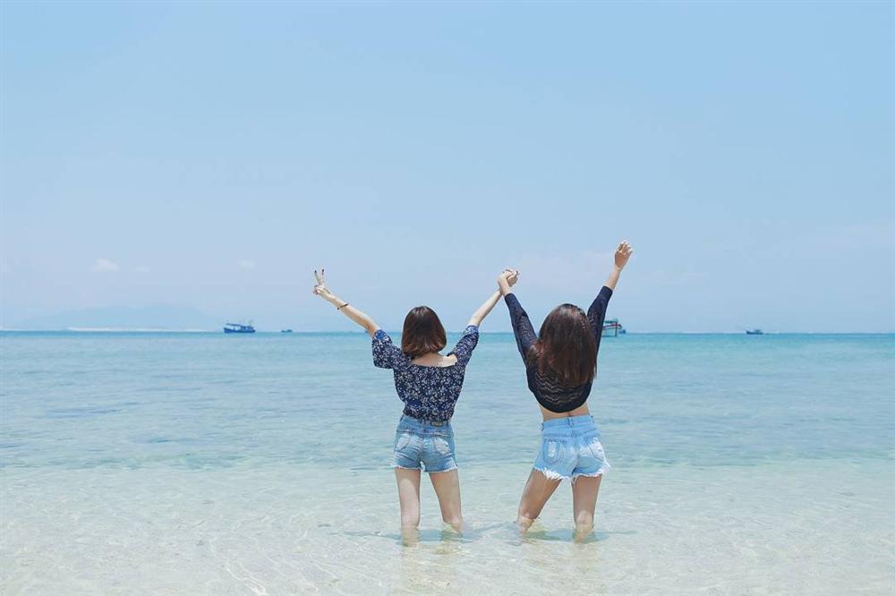 Hút mắt với 5 con đường giữa biển đẹp ngất ngây ở Việt Nam-6