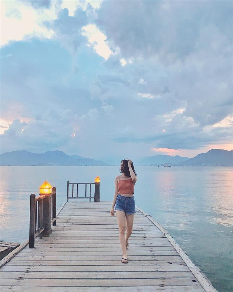 Hút mắt với 5 con đường giữa biển đẹp ngất ngây ở Việt Nam-12