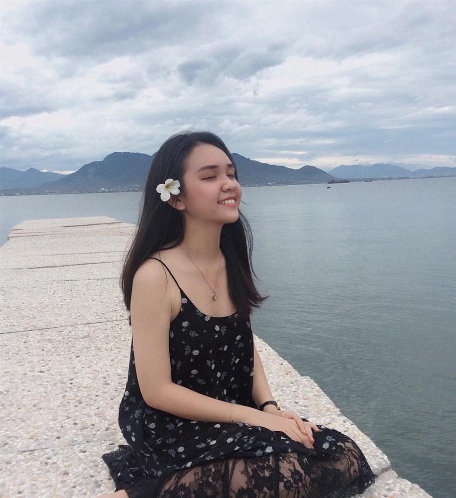 Hút mắt với 5 con đường giữa biển đẹp ngất ngây ở Việt Nam-14