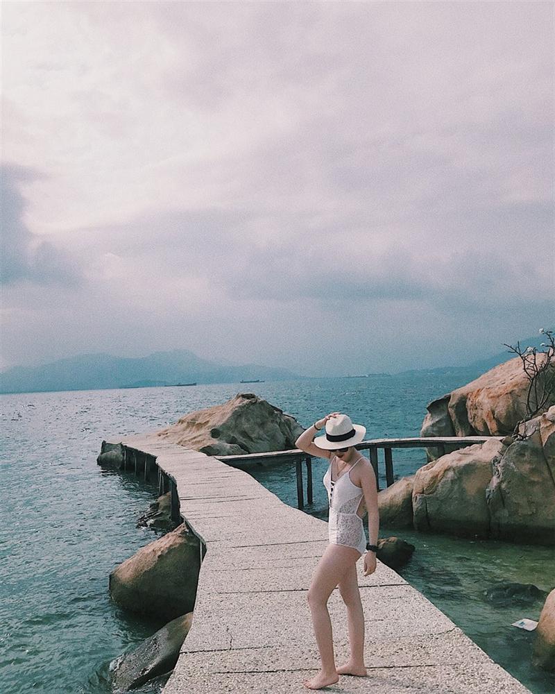 Hút mắt với 5 con đường giữa biển đẹp ngất ngây ở Việt Nam-13
