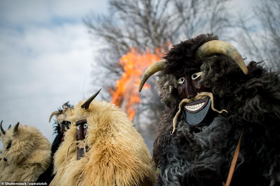 Cuộc chiến ném cam và 10 lễ hội quái đản nhất thế giới-2