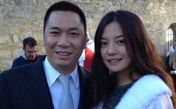 Khởi đầu năm mới, Triệu Vy cùng chồng bị tòa án buộc phải bồi thường về tội lừa đảo, tiếp tục đối diện hơn 500 đơn kiện của người dân-3