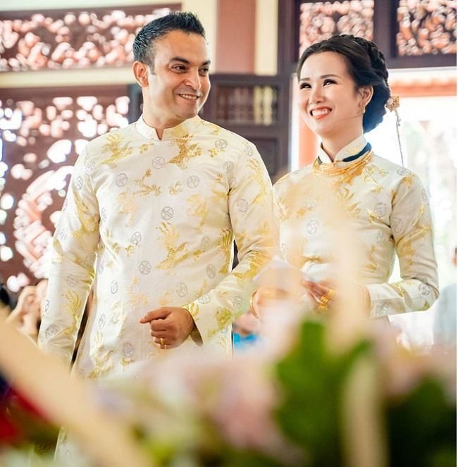 Những mỹ nhân Việt đeo vàng nặng trĩu, cưới đại gia thân thế khủng cỡ nào?-2