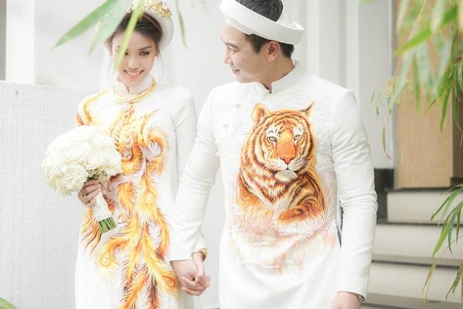 Những mỹ nhân Việt đeo vàng nặng trĩu, cưới đại gia thân thế khủng cỡ nào?-9