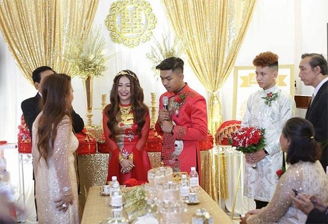Những mỹ nhân Việt đeo vàng nặng trĩu, cưới đại gia thân thế khủng cỡ nào?-11