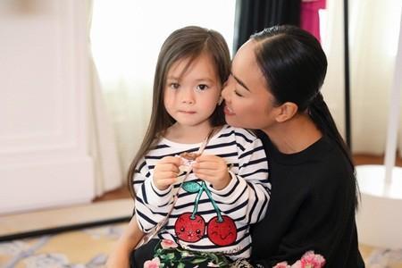 Nhóc tỳ nhà sao Việt nói tiếng Anh như gió: Bất ngờ nhất vẫn là quý tử 3 tuổi của Tăng Thanh Hà-4