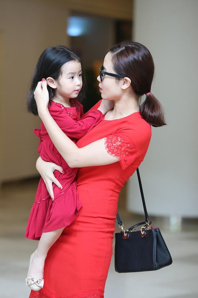 Nhóc tỳ nhà sao Việt nói tiếng Anh như gió: Bất ngờ nhất vẫn là quý tử 3 tuổi của Tăng Thanh Hà-5