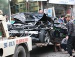 Ô tô đâm 5 xe trên phố Ngọc Khánh: Thai phụ nhảy bật trong tích tắc-12