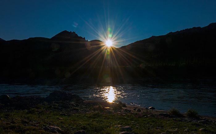 Thị trấn ở Alaska mỗi năm có 65 ngày sống trong bóng tối-3