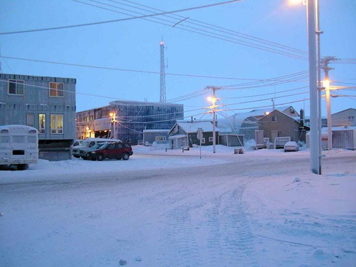 Thị trấn ở Alaska mỗi năm có 65 ngày sống trong bóng tối-4