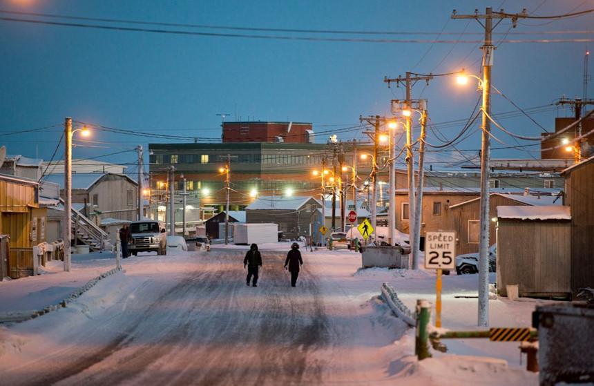Thị trấn ở Alaska mỗi năm có 65 ngày sống trong bóng tối-5