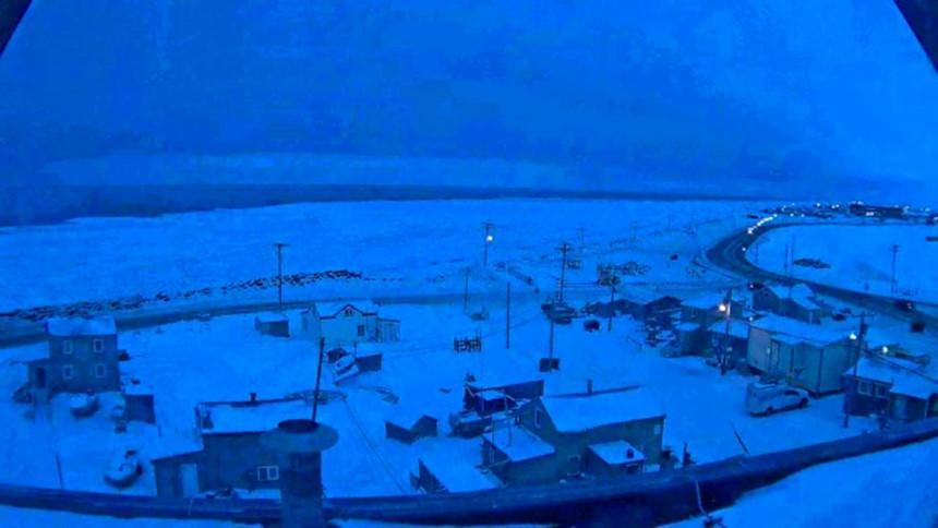 Thị trấn ở Alaska mỗi năm có 65 ngày sống trong bóng tối-6