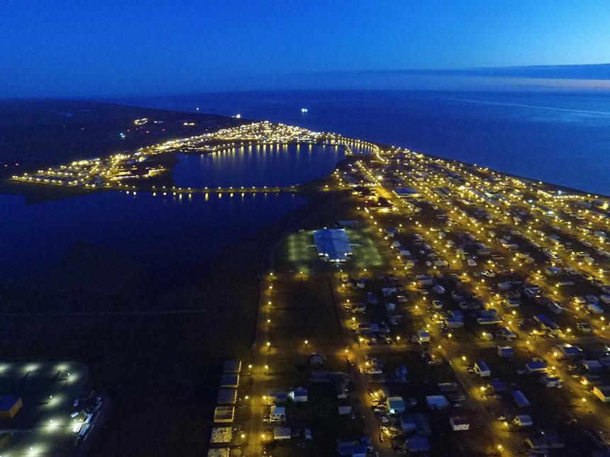 Thị trấn ở Alaska mỗi năm có 65 ngày sống trong bóng tối-8