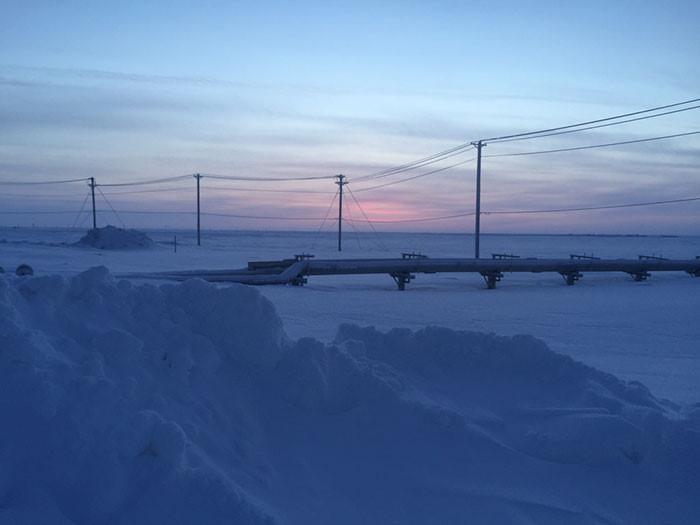 Thị trấn ở Alaska mỗi năm có 65 ngày sống trong bóng tối-9