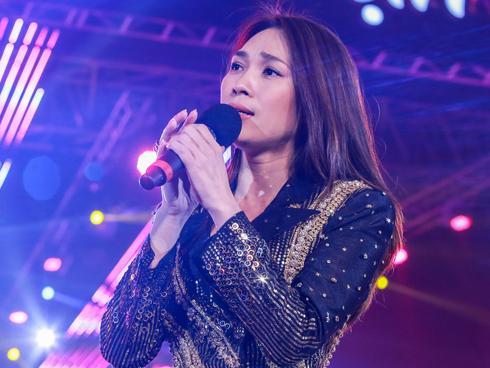 Mỹ Tâm hát hit trong phim mới tặng 48 ngàn khán giả Hà Nội