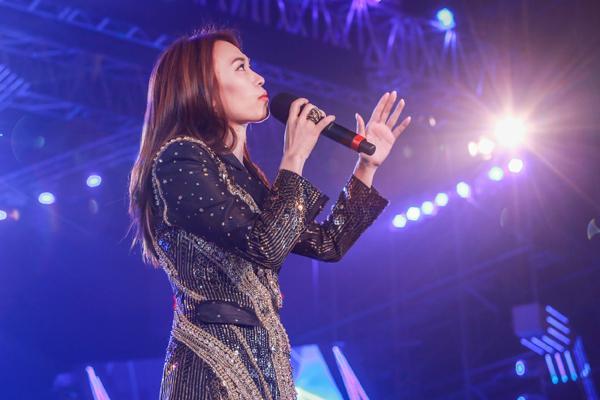 Mỹ Tâm hát hit trong phim mới tặng 48 ngàn khán giả Hà Nội-3