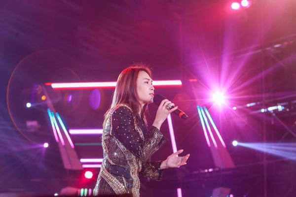 Mỹ Tâm hát hit trong phim mới tặng 48 ngàn khán giả Hà Nội-5