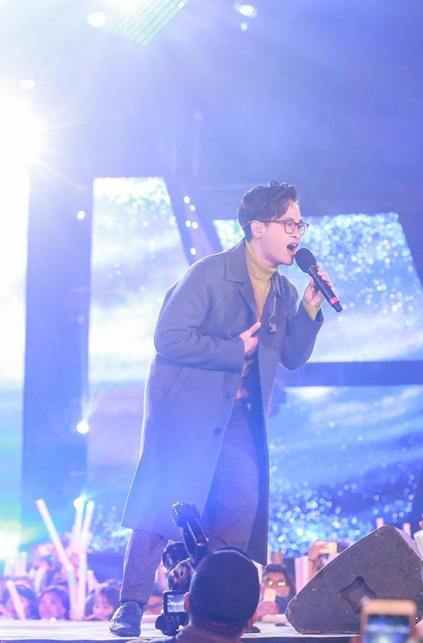 Mỹ Tâm hát hit trong phim mới tặng 48 ngàn khán giả Hà Nội-12
