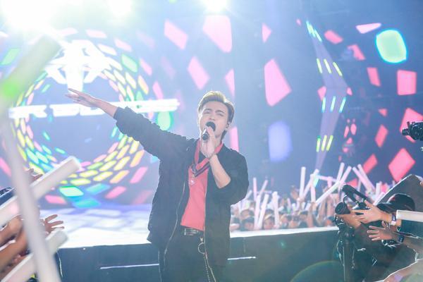Mỹ Tâm hát hit trong phim mới tặng 48 ngàn khán giả Hà Nội-11