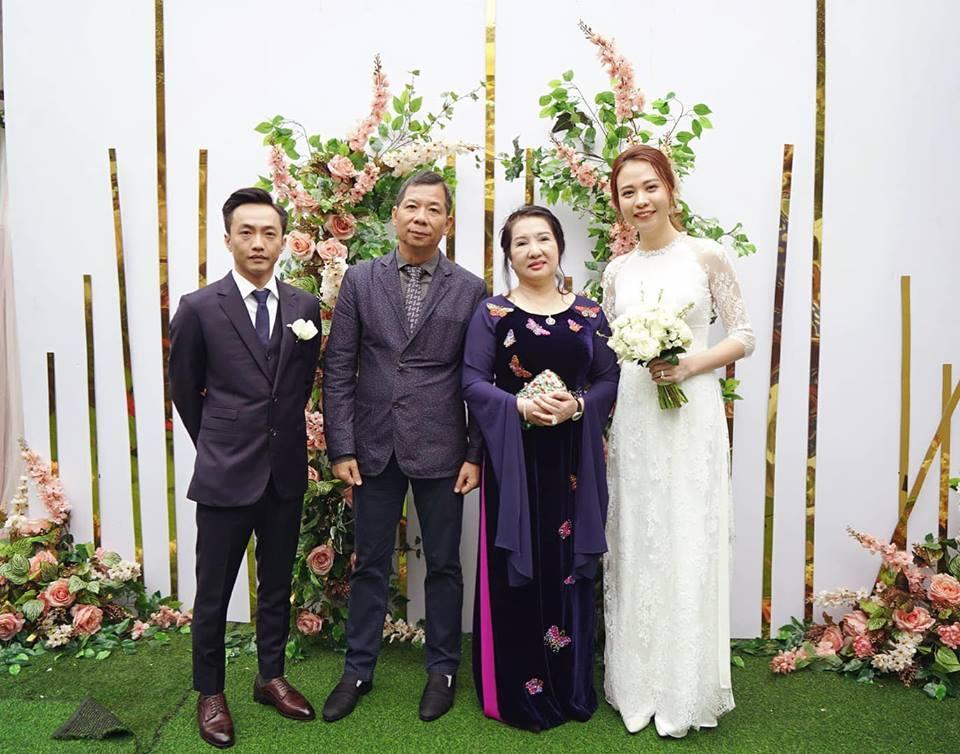 HOT: Cường Đô La - Đàm Thu Trang chính thức ăn hỏi, mẹ đẻ nam doanh nhân tình cảm trao nhẫn cho con dâu-5
