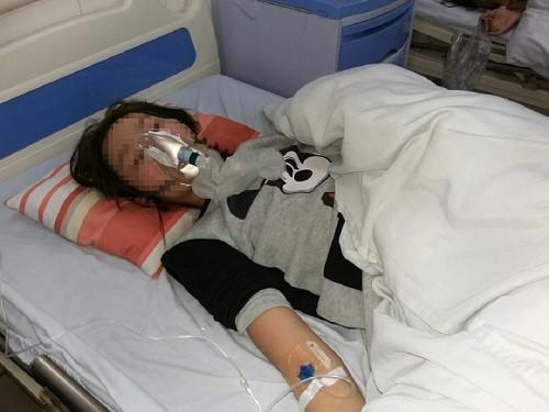 Cô gái bị đánh ở Linh Đàm: Em ngửi thấy mùi rượu khi bọn chúng đến-1