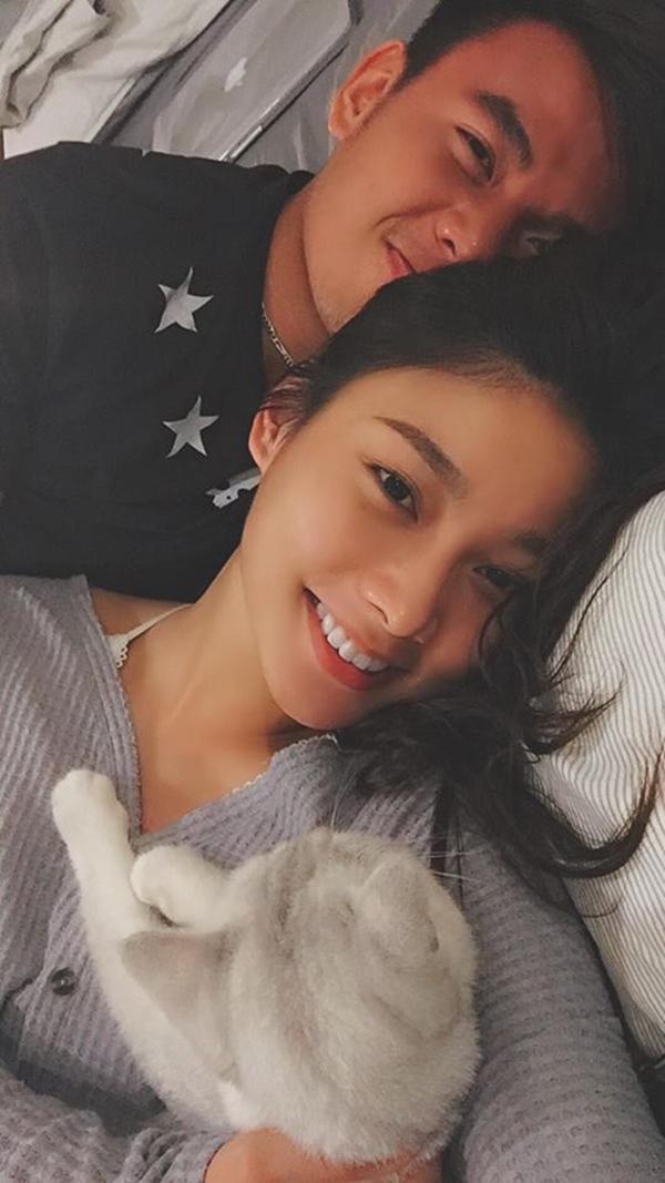 Không phải Hoàng Yến Chibi, bạn gái của tay vợt số 1 Việt Nam Lý Hoàng Nam là hotgirl bóng rổ, mặt xinh, cao 1m72-10