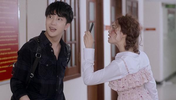 Đạo diễn phản ứng khi Chi Pu, Lan Ngọc bị chê diễn lố trong phim?-2