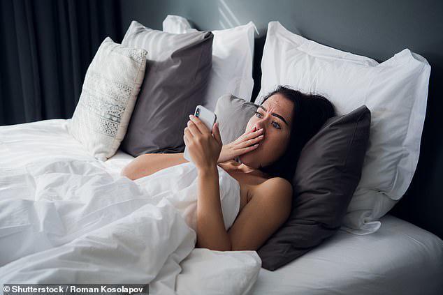 Cô gái sốc khi phát hiện chồng sắp cưới là thành viên của hội chăn rau trên mạng-1
