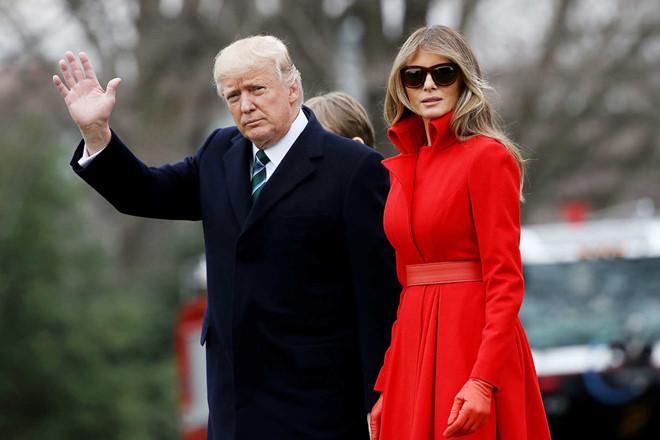 Vợ chồng Tổng thống Mỹ Donald Trump cùng nhận đề cử Mâm xôi vàng-1
