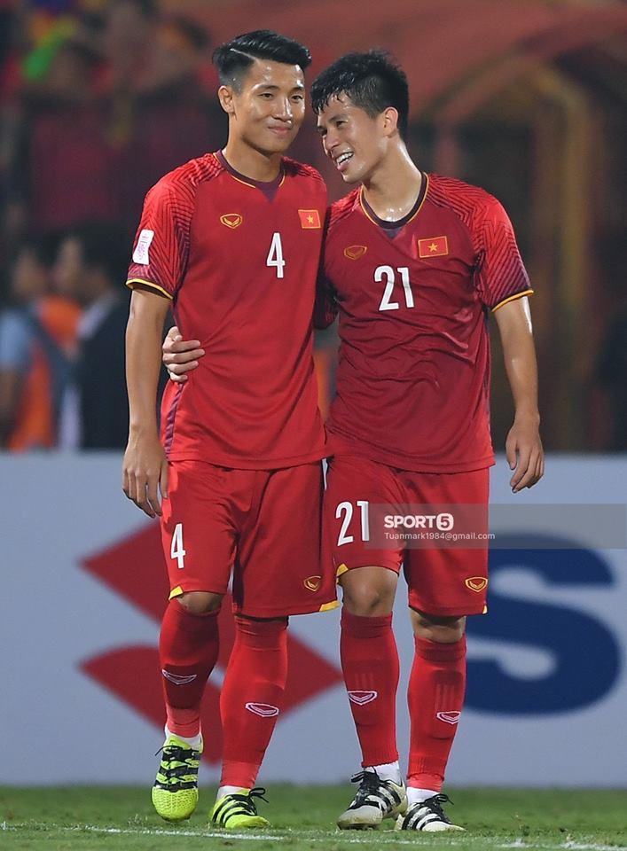 Chỉ 1 chi tiết nhỏ đã đủ thấy Tư Dũng có cách nhớ đồng đội Trọng ỉn thú vị như thế nào tại Asian Cup 2019-5