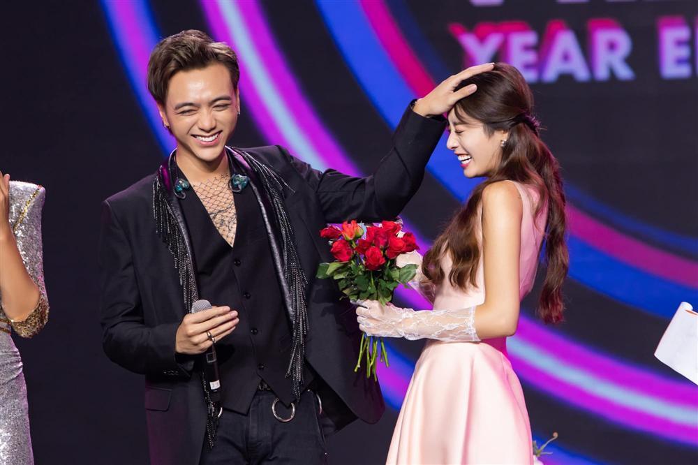 Soobin Hoàng Sơn bị đồn hẹn hò Ji Yeon, anti-fan bĩu môi: Tuổi gì đòi hẹn hò thần tượng nhà tôi?-7