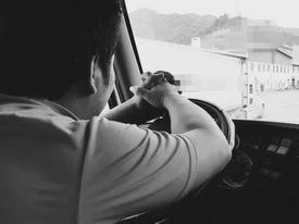 Tâm sự tài xế đường dài: 'Dùng ma túy, anh chạy xe 12 tiếng không biết mệt'